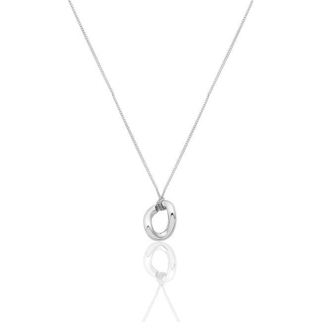 Collana con elemento in argento