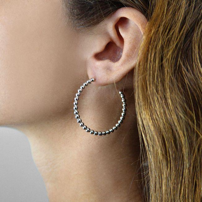 Medium bead earrings