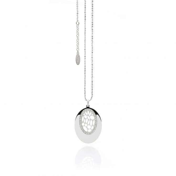 Necklace with oval pendant