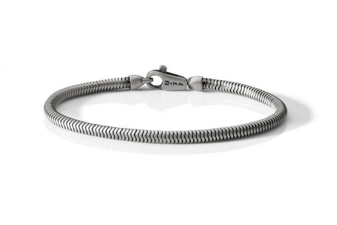 Brusched and polished bracelet